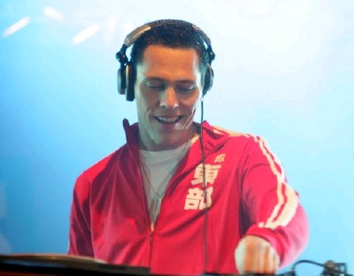 Tiesto - Live at Museumplein (Amsterdam) (30-04-2010)