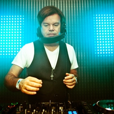 Paul Oakenfold - Full On Fluoro 009 (24-01-2012)